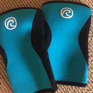 Accessories - Rehband knee sleeves 5mm new!
